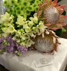 online flowers delivery in bhopal - by Vani Florist, Bhopal