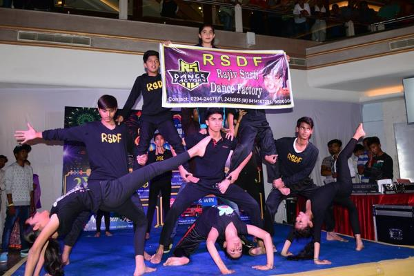 Practice like you've never won,  perform like you've  never lost ! Amazing stunt performance by RSDF at celebration mall, Udaipur !!   - by Rajeev Surti Dance Factory, Udaipur