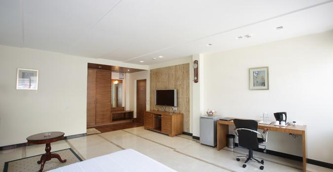 Best service apartment in mg road  contact- 9900909066   - by Oriental Suites, Bangalore