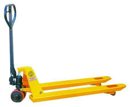 we are supplier pallet truck - by Hariom Michenical, Morvi