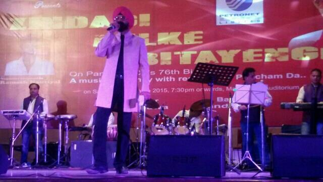 performing - by Dollywood, Delhi