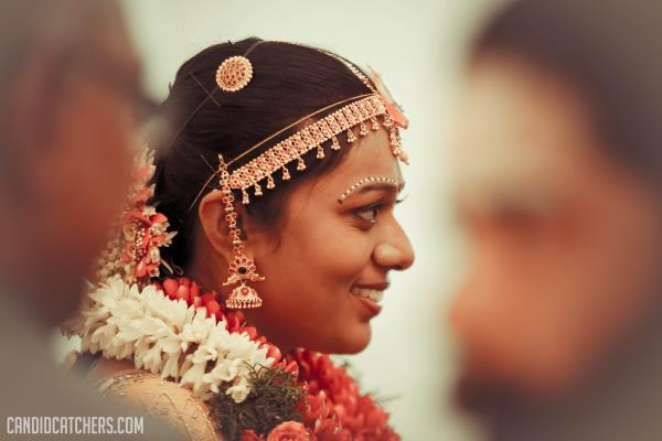 check out our gallery for more images on the best candid wedding photography in Chennai - by candidcatchers, Chennai