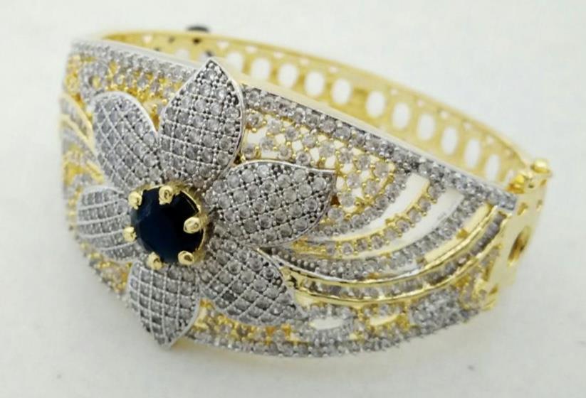 Imitation Jewellery Online, Kada Bangle in flower style with American Diamonds. - by SHARDA SHRINGAR ART JEWELLERS, Mumbai