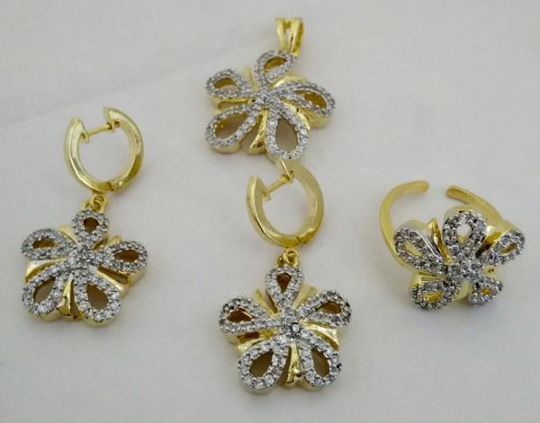 Designer Jewellery Online, Imitation Jewellery inclusive of Gold Pendant Set, Gold Ring & Gold Kundan  - by SHARDA SHRINGAR ART JEWELLERS, Mumbai