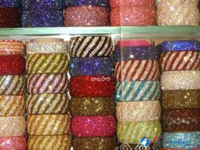 laakh bangel all varities is available in my hall sell shop in hindaun city distt.karouli - by Hafiz Kangan Store, Sawai Madhopur