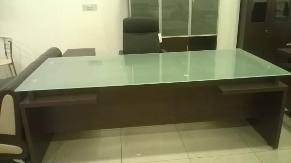 office furniture store in ludhiana. excellent office table see this.discount - 15% off. furnicom modern furniture ldh. contact-97796-24000 , 85660-00233. - by Furnicom Furniture, Ludhiana