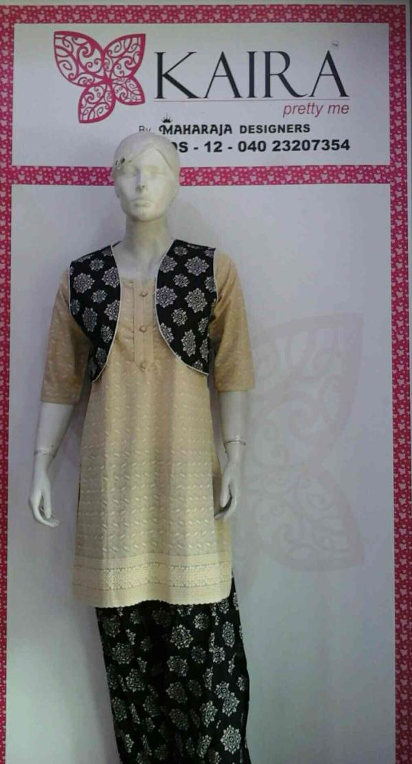 KURTI ( CHICKEN COTTON LONG KURTI )  COLORS : BLACK, WHITE, PEACH, PINK, PURPLE  SIZE :-S, M, L, XL, XXL , 3XL, 5XL  MRP :- 890/ - ONWARDS  - by Kaira abids , Hyderabad