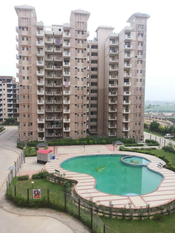 Flats In Faridabad  SRS Residency In Neharpar Faridabad. 3 Bhk Area- 1557 Sq.Ft @ 55 Lacs At Srs Residency Sector - 88 residential apartment available on sale in neharpar, Nearest to greater noida-agra express highway, 12 km from kalindi ku - by Anant Estates call us @ 9911204141/9910313131, Faridabad