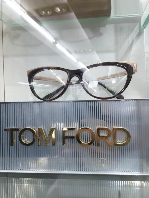 Tom ford spectacles on discount - by Optical Company, Chandigarh