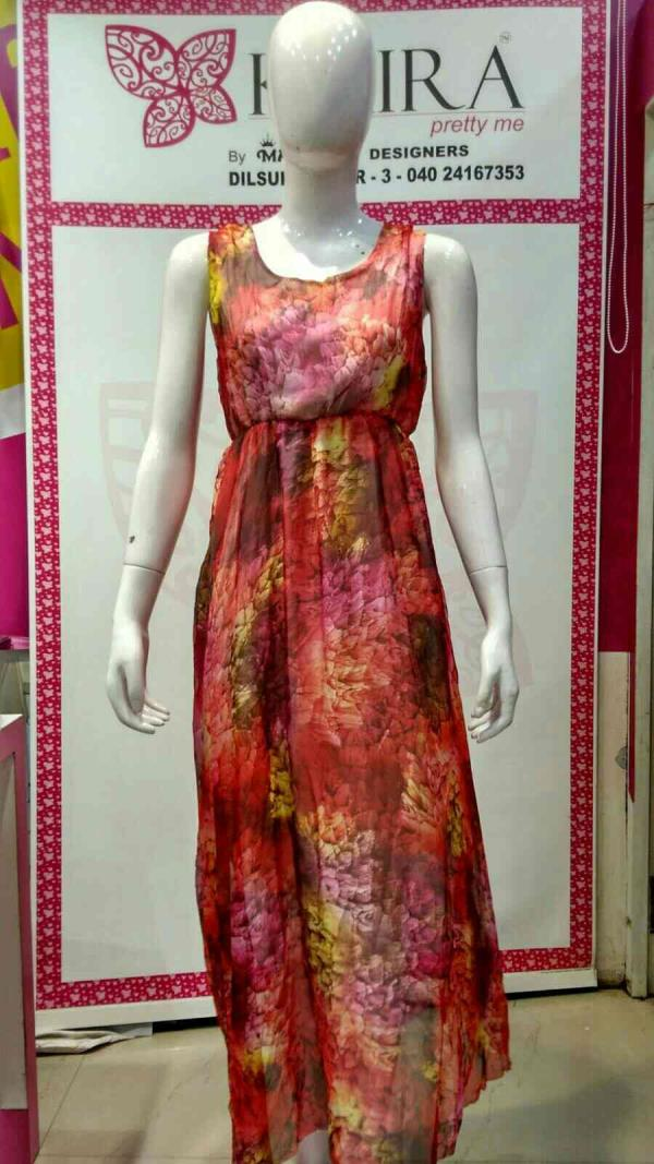 Digital gown  Size : - Free size  Colours :- red, green  MRP 1380 - by KAIRA Dilsukhnagar, Hyderabad