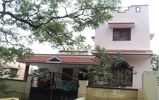 Individual House Building at Madukarai   - Coimbatore(2011)  Client Mr Narayanaswamy   - by United Builders, Chennai