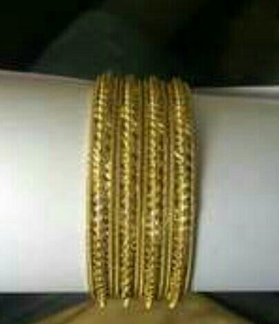 Manufacturers and Suppliers Of Imitation Bangles in Rajkot - by Aai Krupa Imitation Art, Rajkot