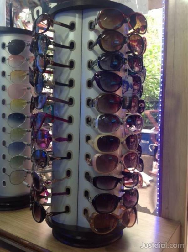 optical accessories in  Moti Nagar Hearing aids Optical Lances Optical frame - by Amrit Optics, Delhi