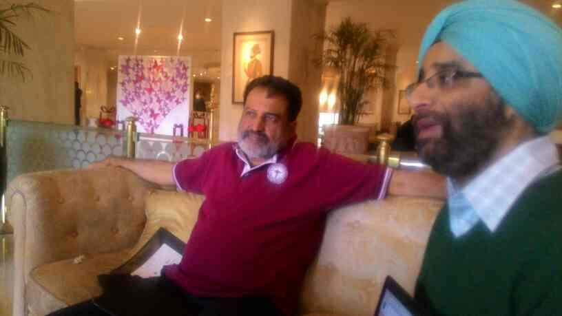 mohan nd jas on nowfloats - by Nakul, New Delhi