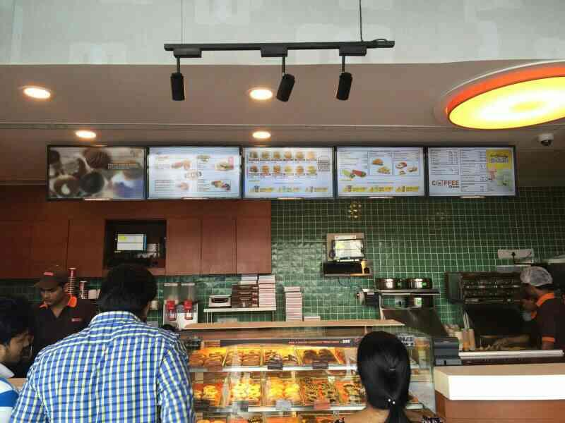 Samsung LFD in Hyderabad Samsung Professional Displays @ Dunkin Donuts - by Avitronics Projections Pvt Ltd Call 040-39594553, secunderabad