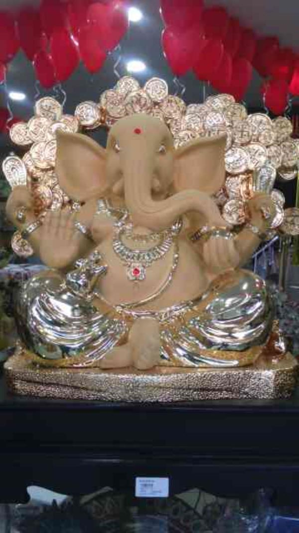 Best Gift shops in hyderabad  best gift shops in panjagutta, we are the best dealers in gift importers  product describe: Ganesh antique show piece  Make: marble dust, washable  - by Vincentiagifts, Hyderabad
