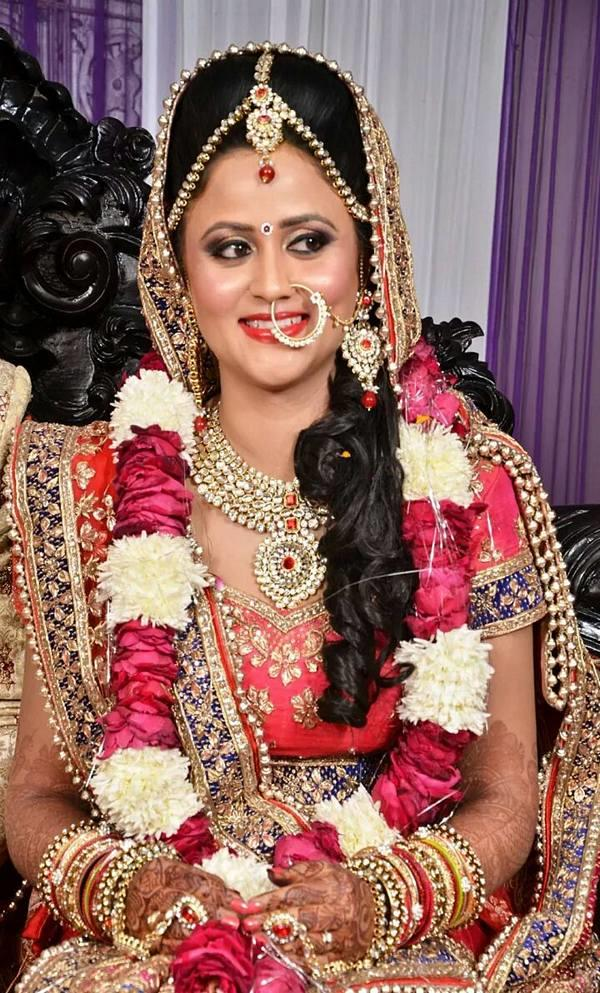 Get the finest bridal & wedding makeup in Delhi by professional makeup artists at Kanika Chugh's - Professional Makeup Artist ..  Briadal Makeup in Kalkaji . - by KANIKA CHUGH - PROFESSIONAL MAKEUP ARTIST, Delhi