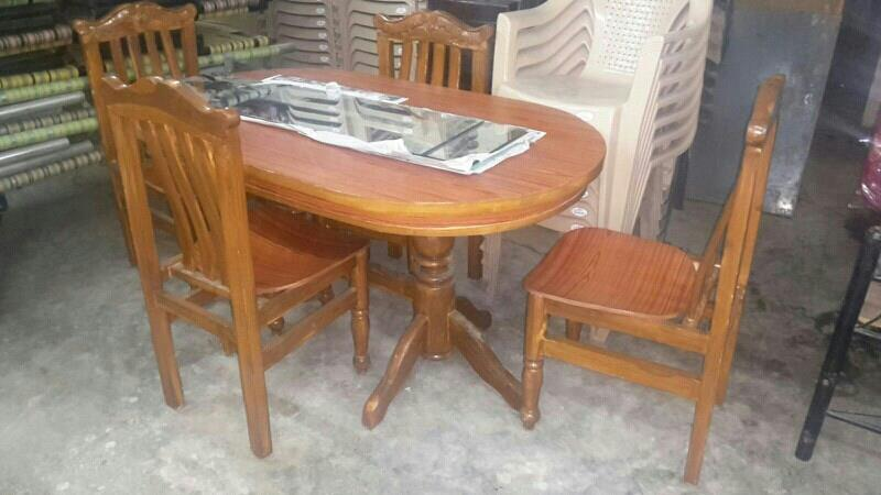 wooden dining table - by mahadevi furnitures, opp lingampally bus stand A square building , below sony electronics Bhel X Road