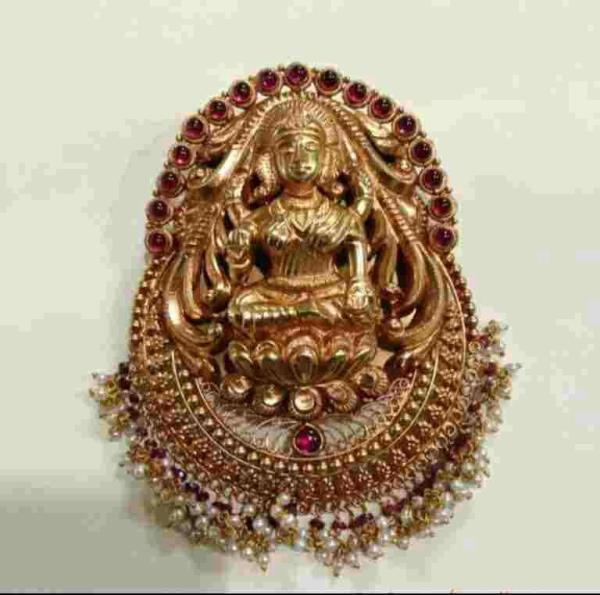 Gold lakshmi Locket  - by Sri Laxmi Jewellers, Behind Anjali Theatre ! General Bazaar !hyderabad