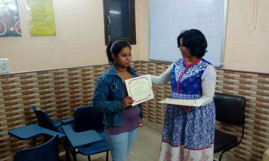 Whole team of shantiratn foundation certified as professional therapeutic counselor - by Shantiratn Foundation, New Delhi