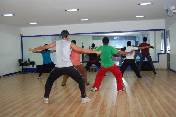 New weekdays Bollywood freestyle batch starting from 1st March 2016. Timing: 7.30 - 8.30pm Course fee: 4, 800 / 3 months or 1, 600 monthly + 1, 000 reg fee  More infö call - 98800 00082 - by Sanjay Dance Planet, Bangalore