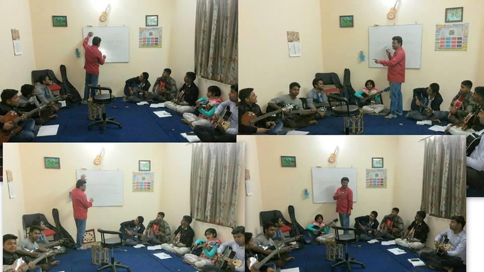 Music Classes      Learn Music with joy and happiness - Learn Guitar , Tabla, Harmonium, Casio (Keyboard)  in Bareilly  - by Mahima Music Academy & Recording Studio, Bareilly