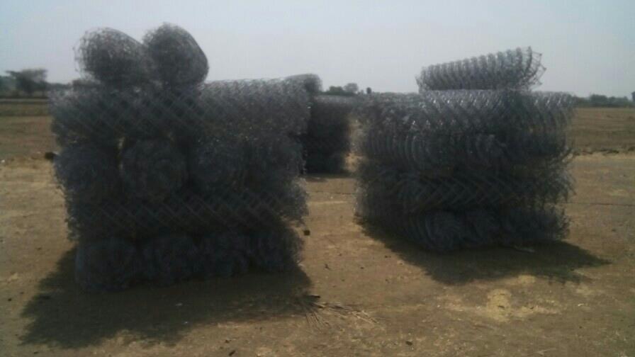 manufacturer of chainlink fence in rajkot , Gujarat - by S. Hind Net Manufacturer, Rajkot