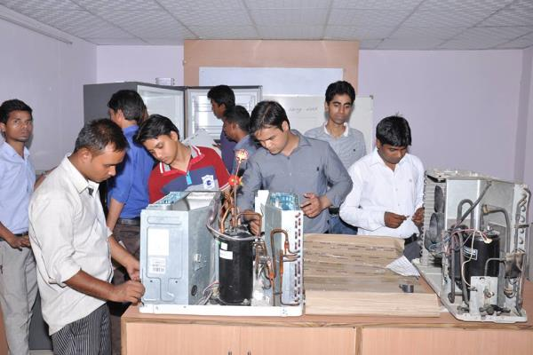 We are Starting batch for AC & Mobile Repairing classes in NOIDA & EAST DELHI  - by S&S CARE SKILLS ACADEMY PVT LTD,