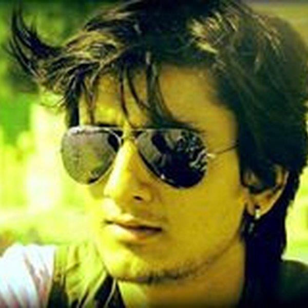 https://www.mixcloud.com/vishal-singh/ LISTEN, LOVE 'SHARE IT YOU WANT'  MiX SETS - by V    _One Life_    V, Delhi