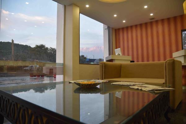 front office  - by Hotel Kangra Rodeway Inn, Kangra