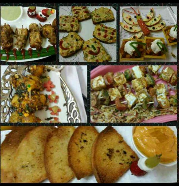 Yesterday - 24th & 25th, 2days workshop we have done fantastically of delicious & mouth watering starters & party snacks class..... Content of d class r :-  palak patta chat,   amritsari paneer,  mithi chutney,  mint chutney,  corn fritters - by Gauri Creation, Delhi