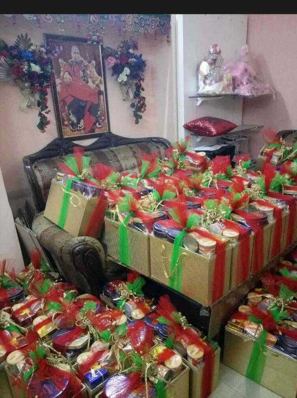 250 gift hamper delivered for Sagan function - by Gauri Creation, Delhi