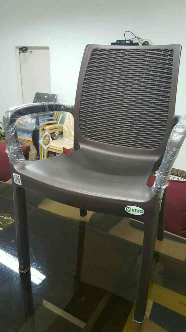 restaurants chairs mat finish  - by Nakoda Furniture, Pimpri-Chinchwad