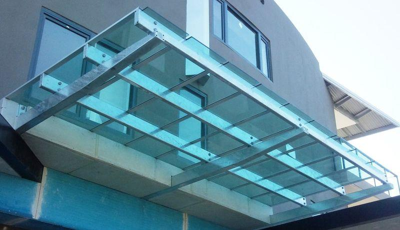 Commercial Glazing needs both Framed and Frameless with a high standard of quality and competitive prices.  Shop Fronts Show Case Systems Office Partitioning Entry Doors - by Max Glass tech, Chennai
