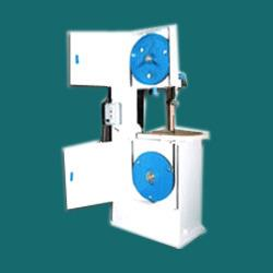 We are engaged in manufacturing, exporting and supplying a wide range of  Vertical Metal Cutting Band Saw Machine in affordable price - by Laxmi Engineering Works, Pune