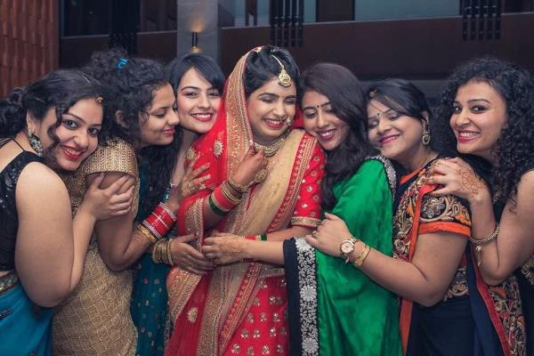 Bride and her friends captured by Candid Kliks  Candid Kliks top candid wedding photographer in Delhi / NCR creatively captures fun moments of the bride and her bridesmaids - by Candid Kliks - Wedding Photography, New Delhi