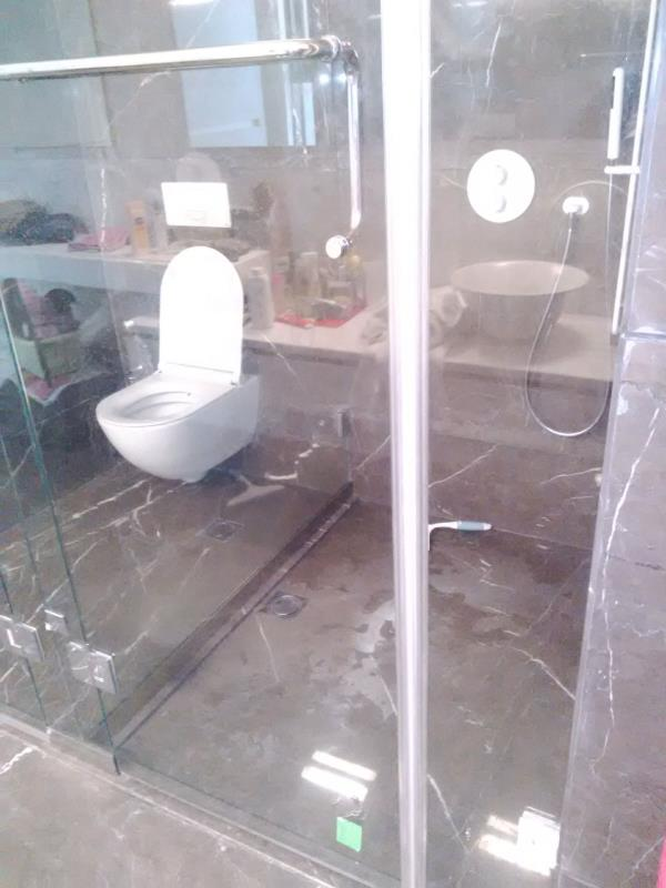 Bathroom Encloser  in Ludhiana - by R S Fabricators, Ludhiana