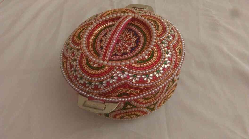 We Are MANUFACTURERS Of HANDICRAFT ITEM From RAJKOT and We Supplies in MUMBAI , PUNE , INDORE , AHMEDABAD. - by Vivek Handicraft, Rajkot