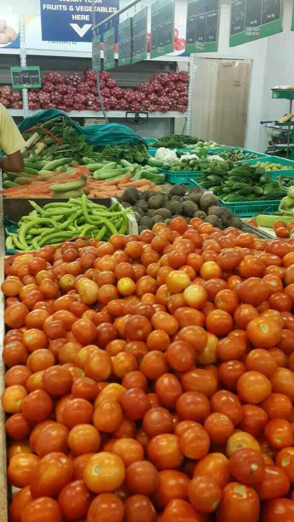 fresh fruit vendor in shahibabad - by Hind Trading Company, New Delhi