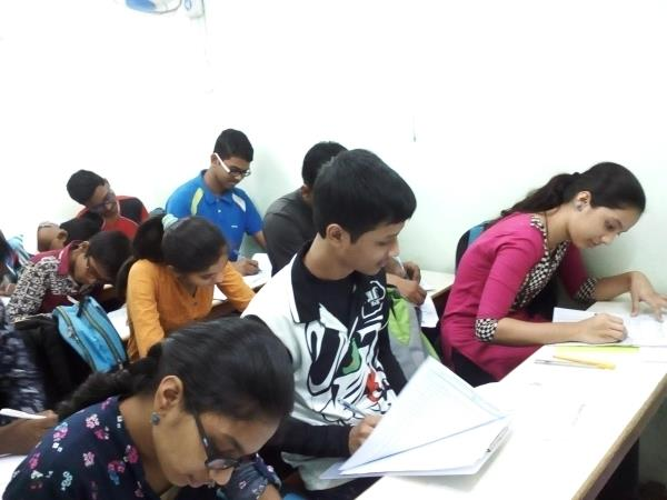 Included NIOS board with many facilities - by Reliable Tutorials, Mumbai
