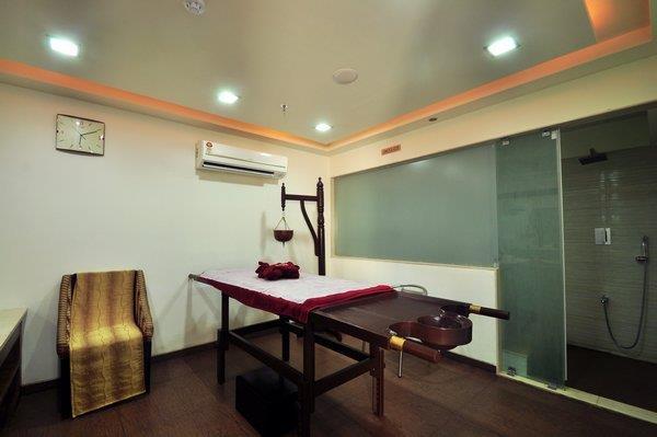 World Therapy, Aroma Therapy, Swedish Therapy, Deep tissue (Massage) Balinese massage, Reflexology & couple Massage - by Sparsahana Medi SPA, Udaipur