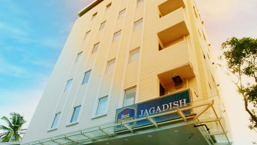 Exterior View of Best Western Plus JAGADISH - by Best Western  Jagdish, Bangalore
