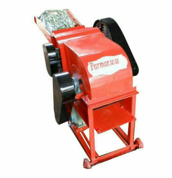 We are manufacturers and suppliers of chaff cutter in Rajkot , Gujarat , India. - by Parmar Welding Works, Rajkot