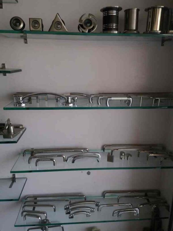 Hardware Fitting Supplier and Traders in Rajkot-Gujarat - by Maruti Plywood & Hardware, Rajkot