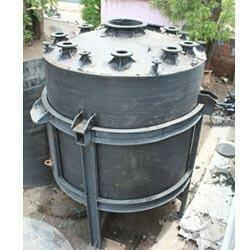 HDPE Conical Bottom with Structure Reactor  Dhoami enterprise is providing best solution for chemical storage system. - by Dhoami Enterprise, Ahmedabad