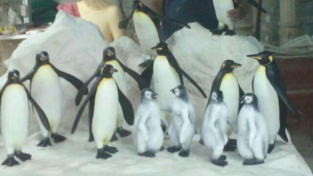 we Jyoti fiber glass works , manufactured  penguin family in snow . looking very nice.  for any fiber products visit our website Jyotifiberglassworks.com  we are Manufacturer of  frp bench frp dustbin frp playground equipment frp lining ind - by Jyoti Fiber Glass Works, Ahmedabad
