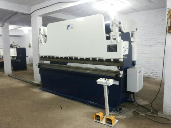 Ipan machineries are leading manufacturer of Hydraulic PRESS BRAKE in Ahmedabad Gujarat.  We have experience of almost 9 years of market.  Wide range of Hydraulic Press brake also we are providing sales and services in Ahmedabad Gujarat - by Ipan, Bakrol Bujrang