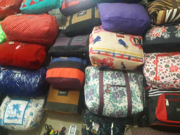 we are leading manufacturer of handy bags in Gujarat - by BAG PALACE, Ahmedabad
