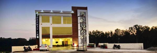 INSIDE VIEW OF HOTEL KANGRARODEWAY INN  - by Hotel Kangra Rodeway Inn, Kangra