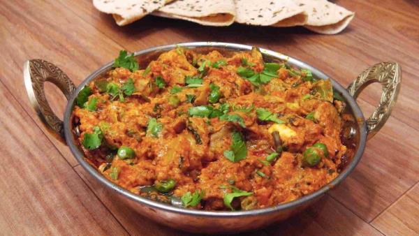 PUNJABI, KATHIYAWADI, CHIENESE FOOD GOOD QUALITY. - by Swad Restaurant, Vadodara